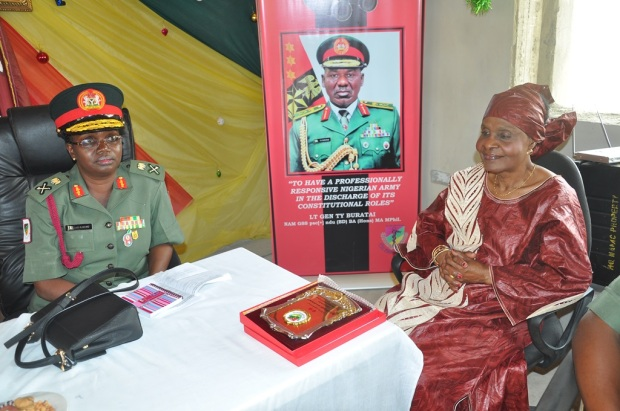 the-first-female-medical-commander-maj-gen-a-kalertd0-wit-the-commander-medical-in-her-officer